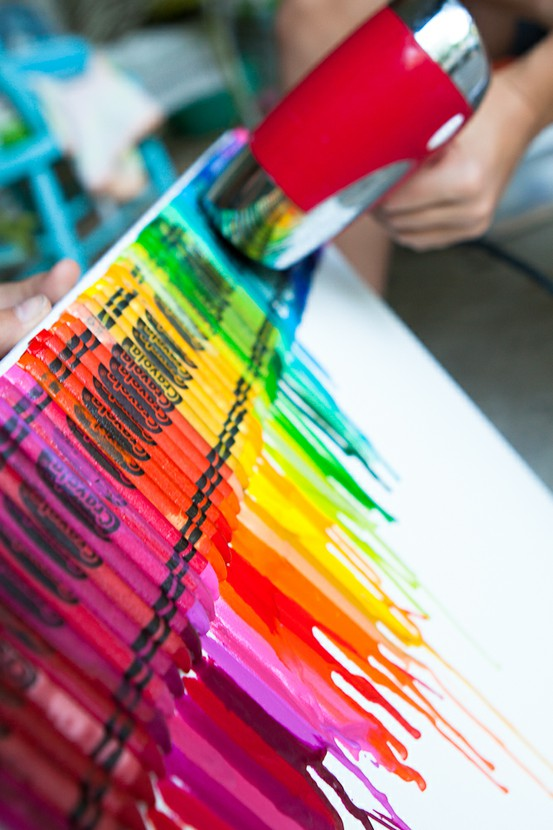 Diy melted crayon art randomly ravishing for How to make a melted crayon art canvas